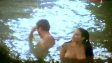 Claire Forlani Naked Tits – Gypsy Eyes
