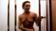Jodie Foster Nude in Shower – Backtrack