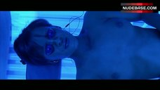 Crystal Lowe Naked in Solarium – Final Destination 3