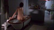 Charlotte Gainsbourg Ass Scene – The Intruder