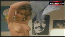Cinzia De Ponti Topless – Mia Moglie Torna A Scuola