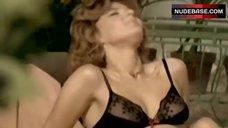 Cinzia De Ponti in Sexy Black Lingerie – La Liceale Al Mare Con L'Amica Di Papa