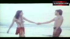 Malisa Longo Topless on Beach – Scandal