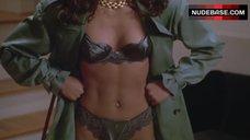 Robin Givens Shows Underwear – Boomerang