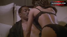 Sexy Robin Givens in Lingerie – Boomerang