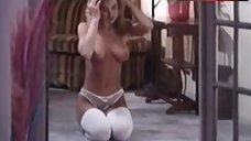 Kim Burnette Shows Tits – The Pamela Principle