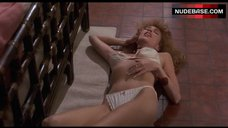Lisa London Unconscious in Lingerie – Private Resort