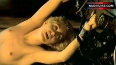 Gruschenka Stevens Boobs Scene – Der Kalte Finger