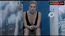 Anna Jimskaia Shows Ass and Bush – Monamour
