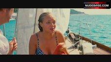 10. Amanda Seyfried Sexy – Mamma Mia!