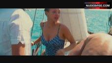 7. Amanda Seyfried Sexy – Mamma Mia!