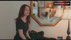10. Amanda Seyfried Naked in Bathroom – Chloe