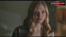 1. Amanda Seyfried Sex Scene – Chloe