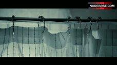10. Amanda Seyfried Nude Silhouette – Gone