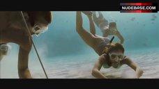 4. Jessica Alba Bikini Scene – Into The Blue