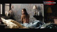 Jessica Alba Sexy – Awake