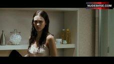 10. Jessica Alba Shower Scene – The Eye