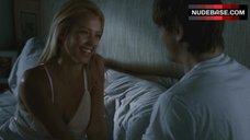 1. Jessica Alba Upskirt – Valentine'S Day