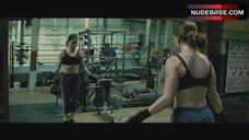 Hilary Swank In Sexy Sports Bra – Million Dollar Baby