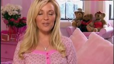 5. Holly Madison Tits, Butt Scene – The Girls Next Door