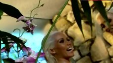 8. Holly Madison Naked in Shower – The Girls Next Door