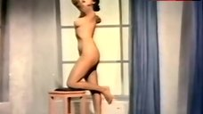 Ana Luisa Peluffo Posing Full Naked – La Diana Cazadora