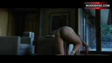 Rosamund Pike Upskirt Scene – Gone Girl