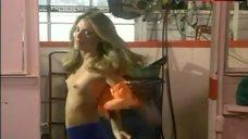 Rikki Main Exposed Tits – Gas Pump Girls