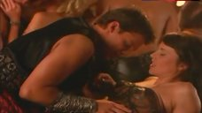 Lucy Lawless Erotic Scene – Xena: Warrior Princess