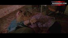 Sheryl Lee Hot Scene – Vampires