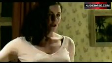 1. Nina Kunzendorf Lingerie Scene – Verlorenes Land