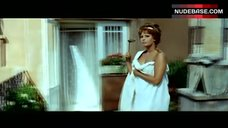 Sophia Loren Nude in Sheet – Yesterday, Today And Tomorrow