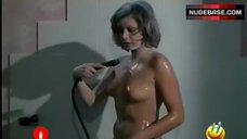 Maria Pia Conte Naked in Shower – Che Dottoressa Ragazzi