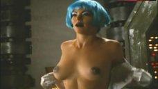 Beverly Hotsprings  nackt