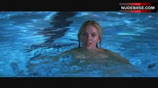 Scarlett Johansson Nude in Swim Pool – He'S Just Not That Into You