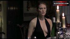 Julianne Moore Decollete – Hannibal