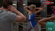 Gwyneth Paltrow Sexy in Aerobic Bodysuit – Glee