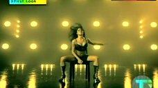 Nicole Scherzinger Hot Scene – Assons
