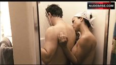 Rosie Perez Shows Tits in Shower – The Take