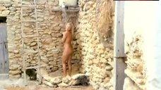 Isa Haller Nude Under Shower – Sunshine Reggae Auf Ibiza