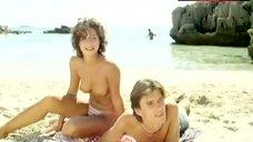 Jacqueline Elber Exposed Tits on Beach – Sunshine Reggae Auf Ibiza