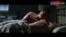 Malin Akerman Hot Scene – City Of Sin