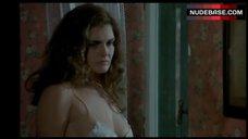 Clelia Rondinella  nackt