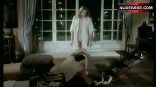 9. Catherine Alric Shows Breasts – T'Empeches Tout Le Monde De Dormir