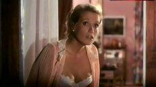 10. Catherine Alric Lingerie Scene – Tendre Poulet