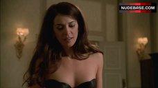 Annabella Sciorra in Hot Black Underwear – The Sopranos