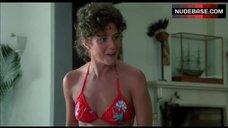 Theresa Russell in Hot Bikini – Black Widow