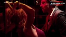 Julie Ordon Sex in Bathroom – Paris
