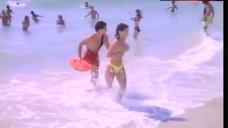 Lisa Saxton Covers Tits – Baywatch