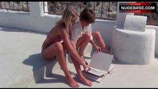 1. Valerie Quennessen Tits Flash – Summer Lovers